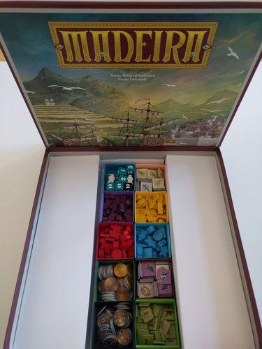 Caixas Origami para armazenar componentes do jogo Madeira