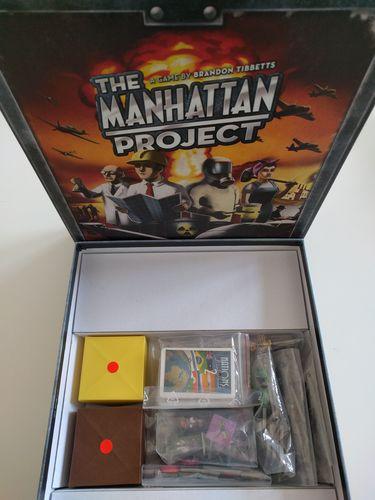 Caixas Origami para armazenar componentes do jogo Manhattan Project