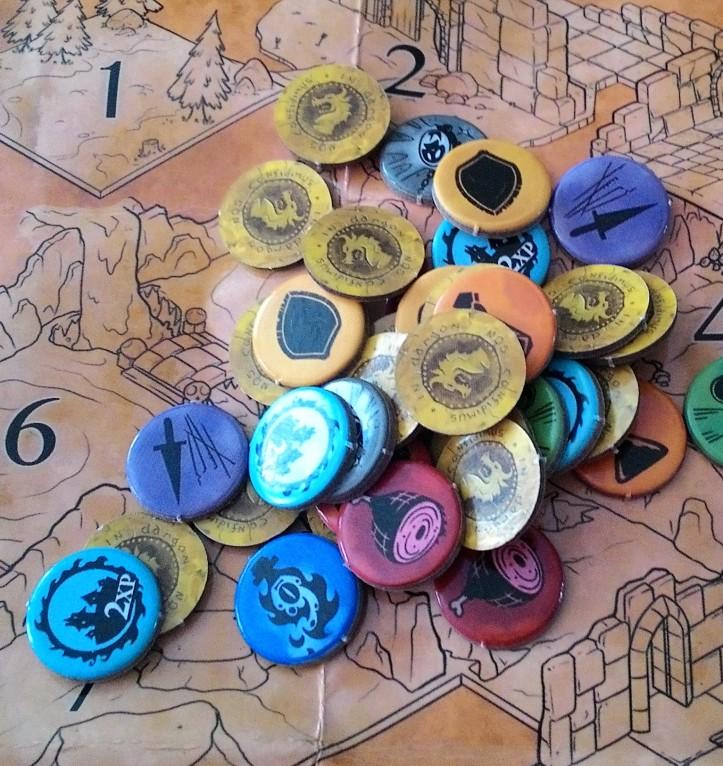 Tesouros do jogo de tabuleiro Dungeon Roll