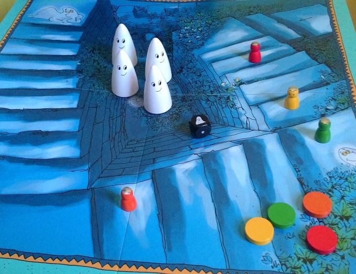Jogo de tabuleiro infantil As Escadas Assombradas