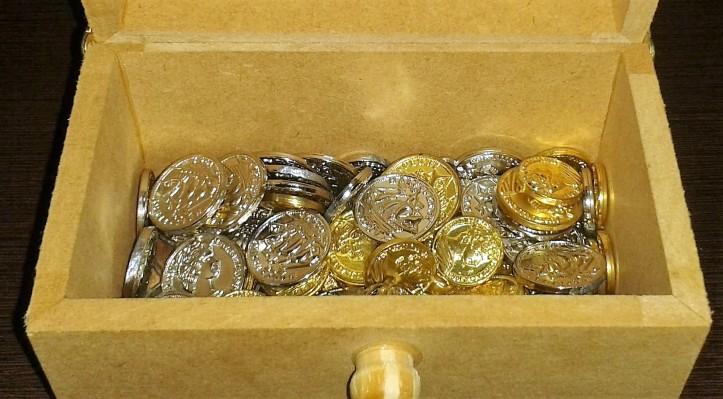 Baú para armazenar moedas de jogos de tabuleiro