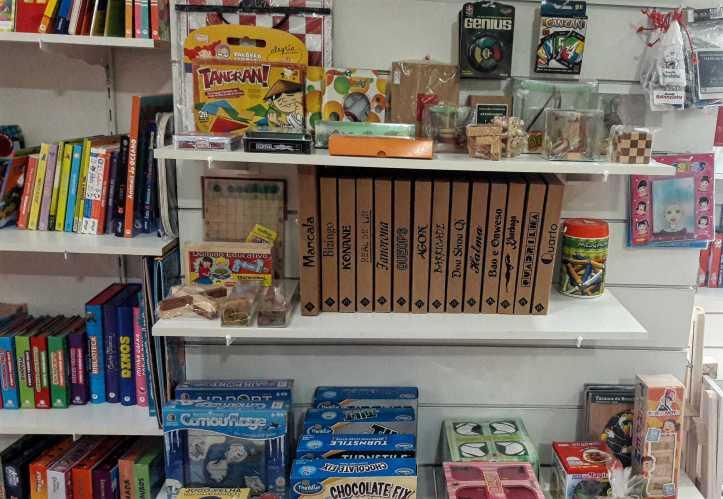 Jogos da Mitra na loja Caixa de Brinquedos na Rua Tutóia
