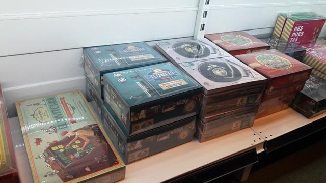 Títulos nacionais disponíveis na loja de jogos de tabuleiro El Ogro Alegre