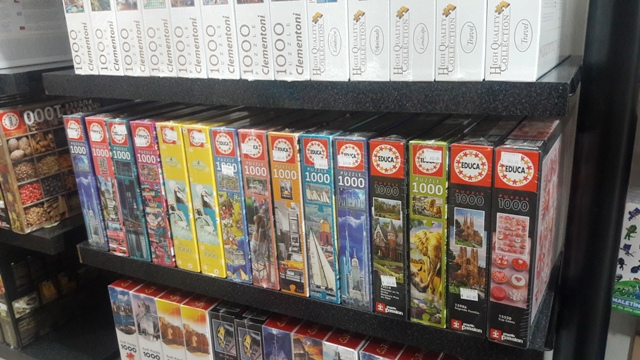Quebra-cabeças na loja de jogos Casa Zanzi