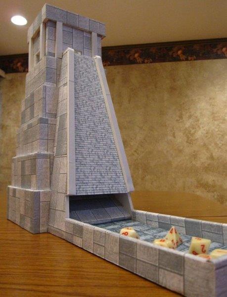 Uma torre de dados asteca?