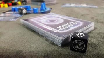 Cartas do jogo Tiny Epic Galaxies