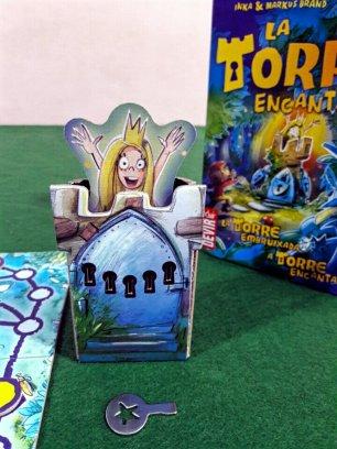 A chave para libertar a princesa no jogo infantil A Torre Encantada