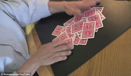 Como embaralhar cartas
