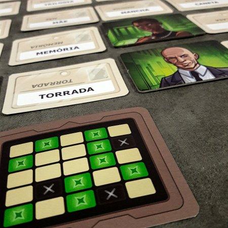 Carta-Chave do jogo de tabuleiro Código Secreto Dueto