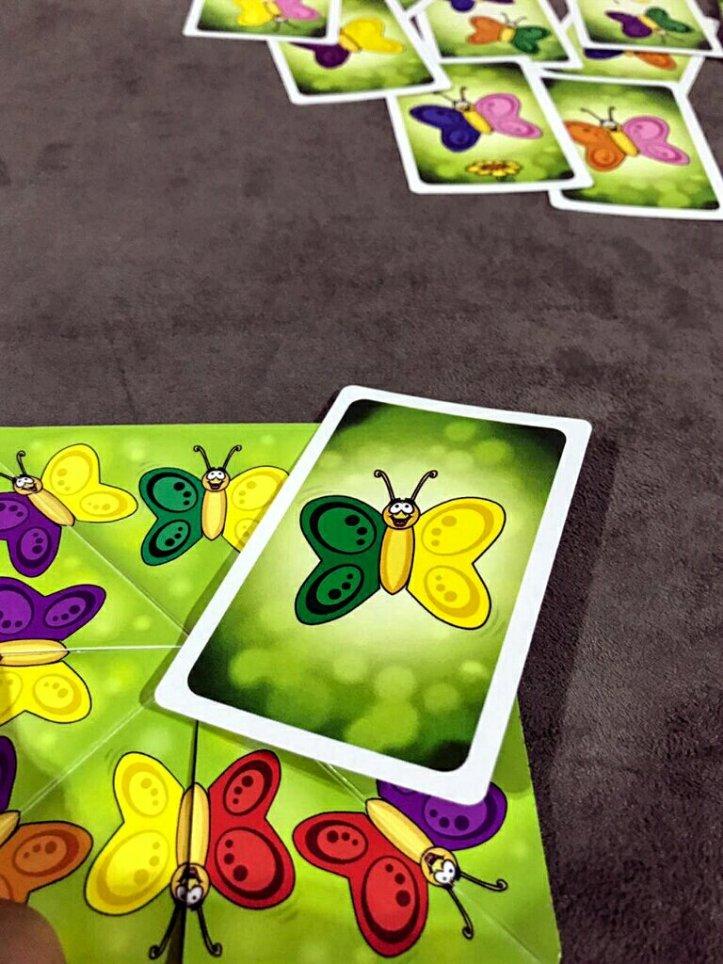 Encontramos a borboleta no jogo infantil Flap-Flap