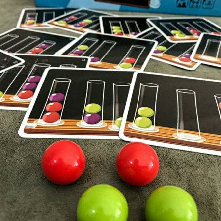 Cartas de fórmulas e ingredientes do jogo infantil Dr. Eureka