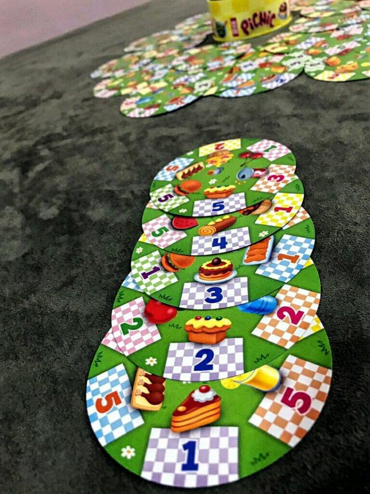 Petiscos do jogo infantil Picnic
