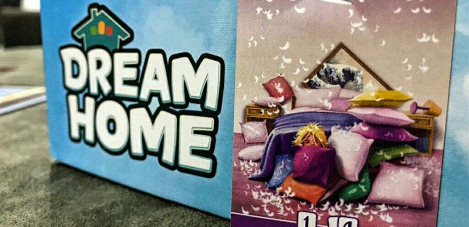 Crianças escondidas no jogo Dream Home