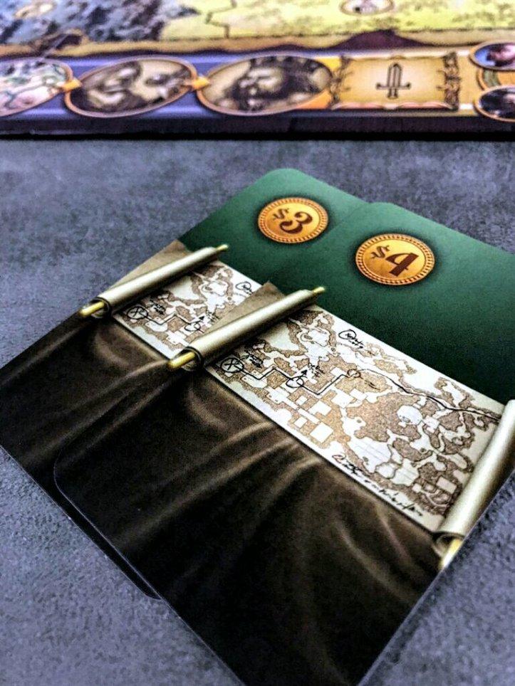 Cartas para comprar relíquias no jogo de tabuleiro Shazam