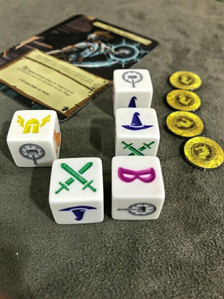 Sua equipe para enfrentar os monstros no jogo de tabuleiro Dungeon Roll
