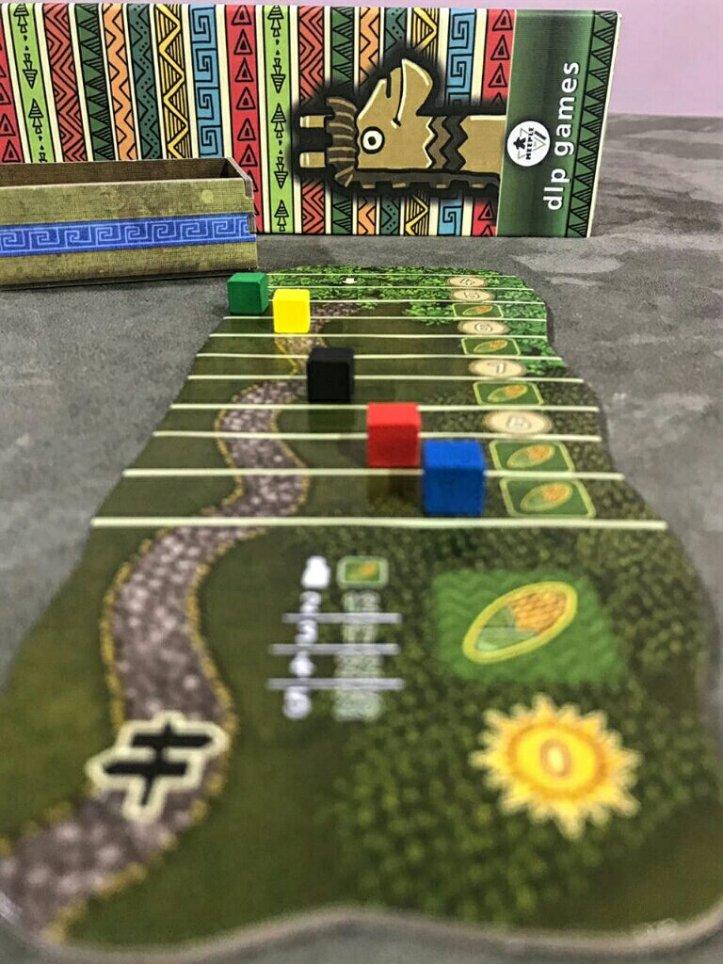 Trilha da estrada do jogo de tabuleiro Altiplano