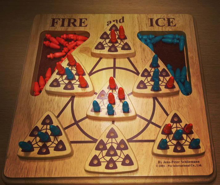 Jogo de tabuleiro Fire and Ice