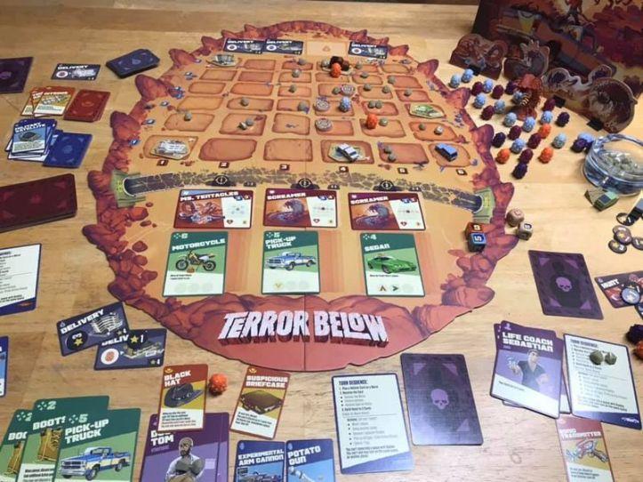 Jogo de tabuleiro Terror Below