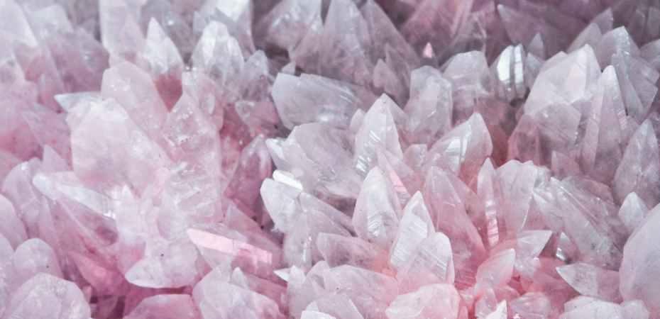 Colete minerais valiosos em Minerals