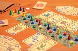 Four Tribes jogo de tabuleiro