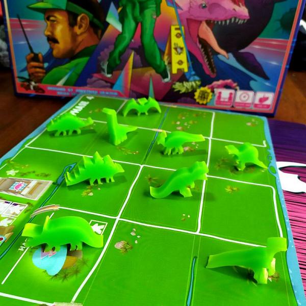 Jogo de tabuleiro Ilha dos Dinossauros