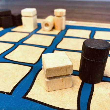 Jogo de tabuleiro Quarto