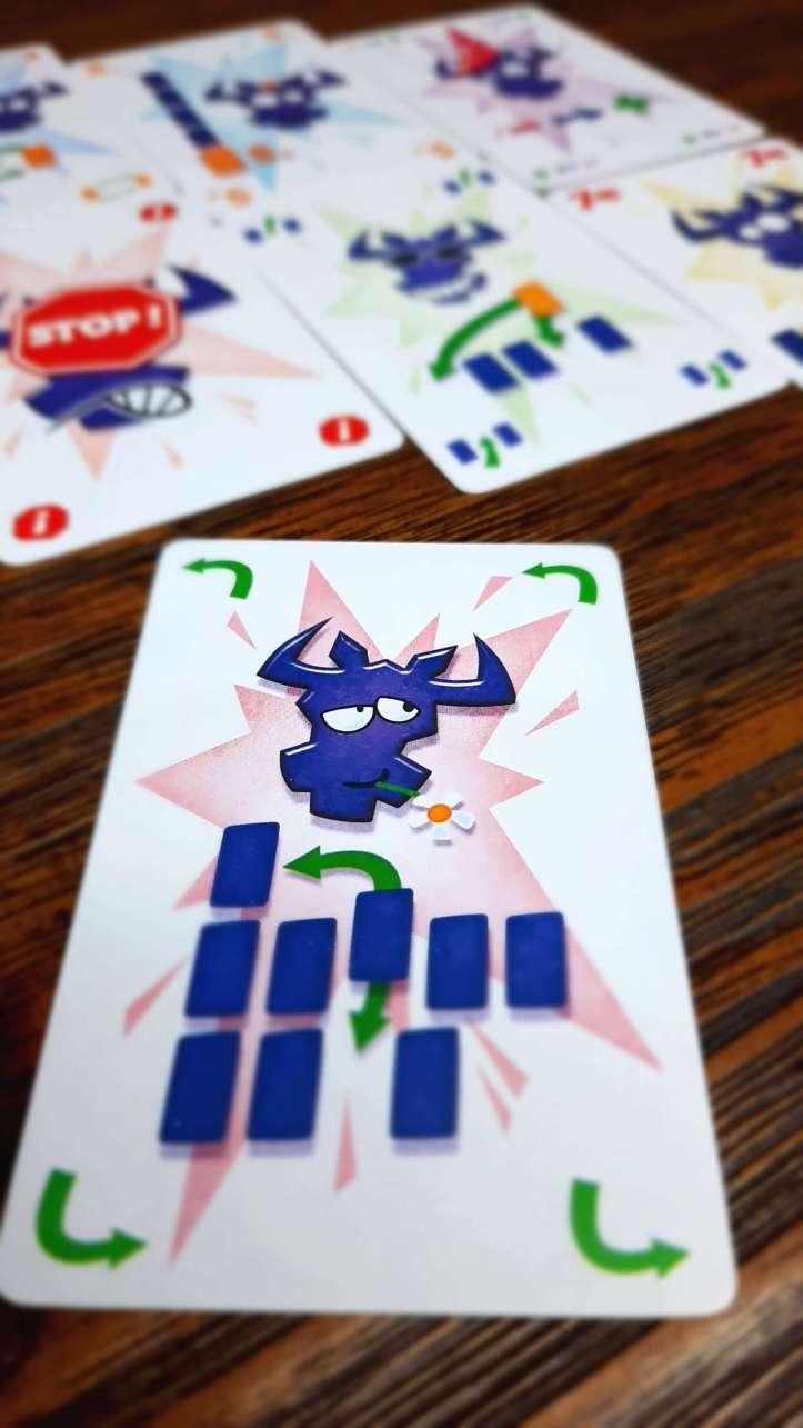 Jogo de cartas Pega em 6