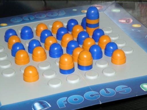 Jogo de tabuleiro Focus